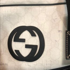 Gucci Bags - Gucci Authentic duffle Carryon bag